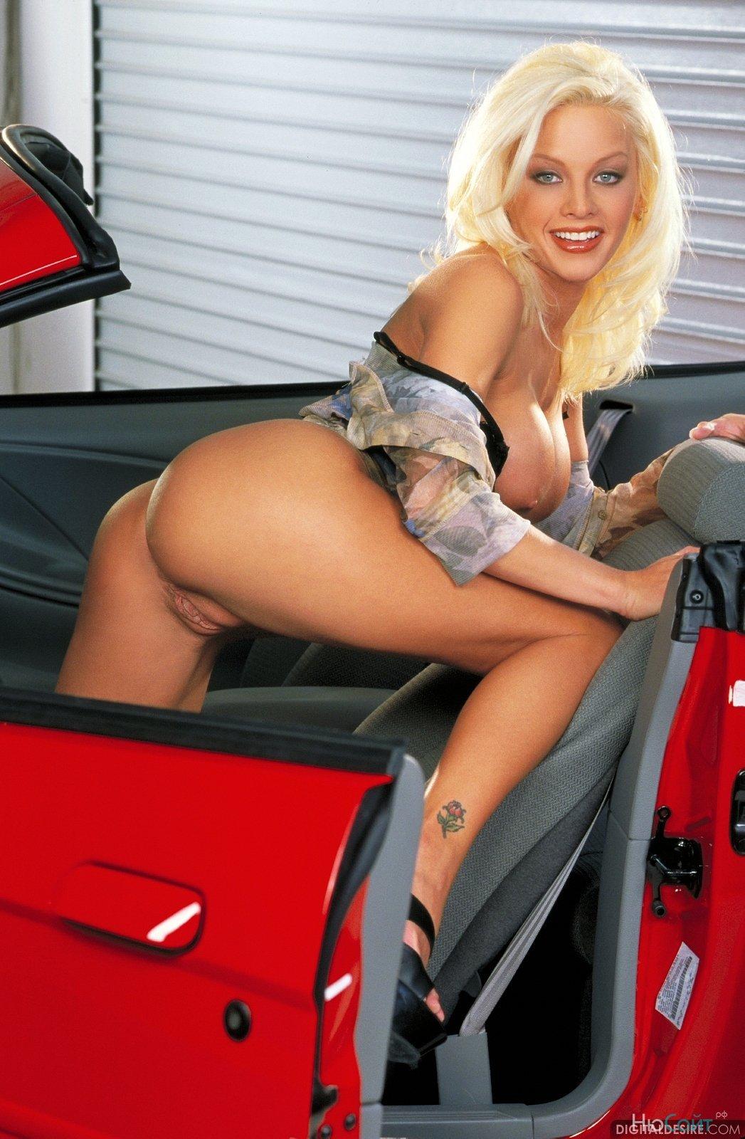 Голые горячие девушки  эротические фото горячих голых девушек